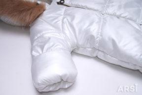 Зимний-комбинезон-мешок-для-новорожденного-молочного-цвета-фото-6
